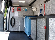 Heated mobile grooming parlour